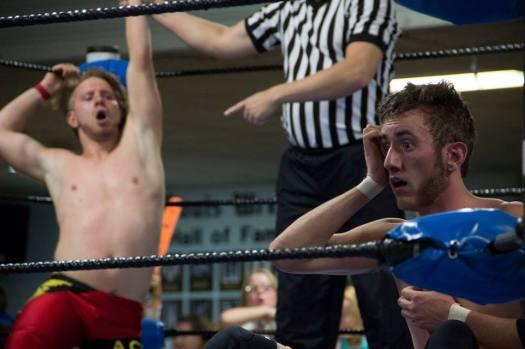 Hawkins upsets Wilder