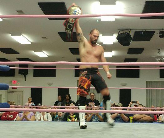 Ken Kasa wins SICW title, 2017
